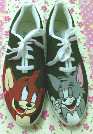 sepatu lukis Tom and Jerry 2